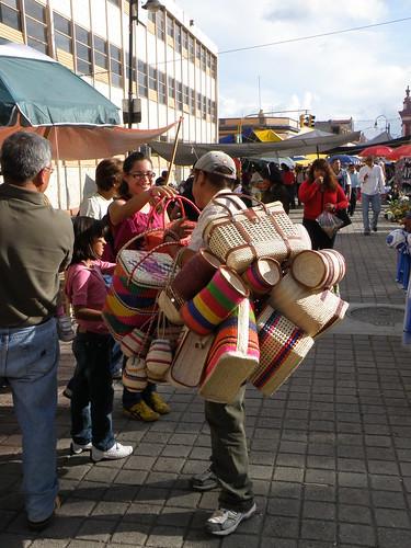 "P9080222 Feria Milenaria de San Pedro Cholula ""Artesanías"" por LAE Manuel Vela"