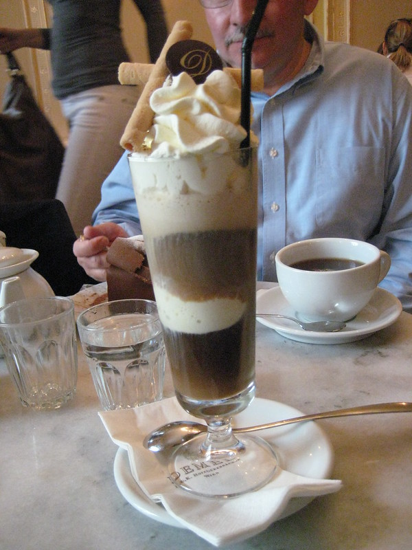 Eiskaffee at Demel Konditorei