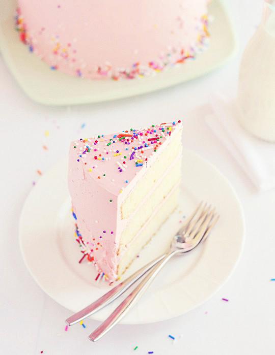 Love, Cake, & Sprinkles Sliced | Blogged, sweetapolita com/2