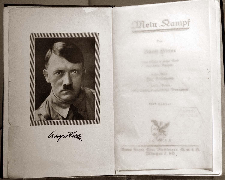 wedding,Gift,Mein,Kampf,Adolf,Hitler,book,struggle,nazi,fascist,right,wing,365days,B/W,black,white,mono,monochrome,hotpix!,vegetarian!