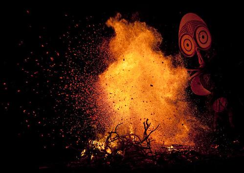 Baining fire dance - Papua New guinea | by Eric Lafforgue