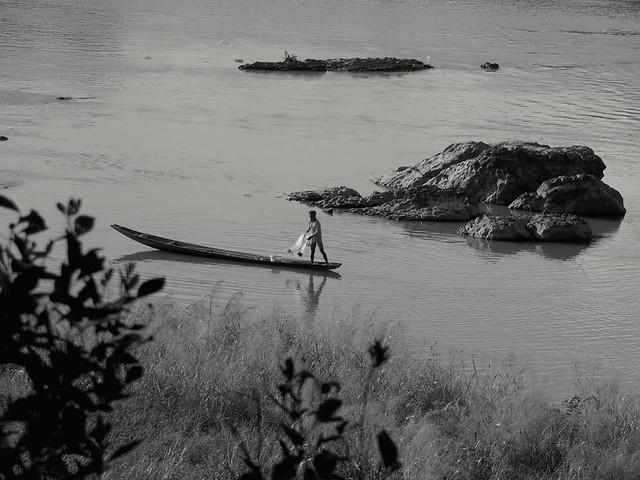 Le pêcheur.. The fischerman..