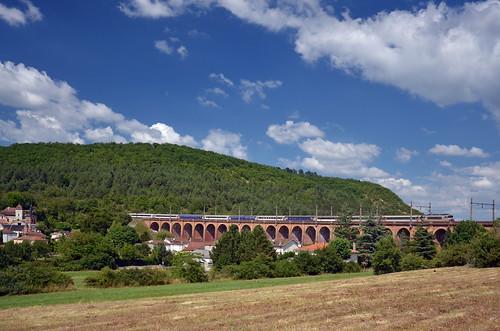 sncf societe société nationale chemins fer ic intercites intercités 100 eco éco 3703 polt palito bb 22200 bb22200 nez casse cassé calamane viaduc viaduct viadukt train trein zug