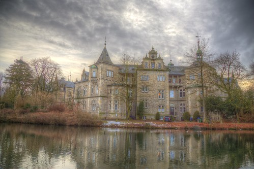 winter deutschland himmel clouds ciel duitsland castle landschaft janvier niedersachsen architektur sonnenuntergang storybook wolken handheld 24105 photomatix christiankortum canon 2017 januar landscape tyskland wasser water happy colours processing sunset hdr germany beautiful lovely interesting harmonic awesome light hiver architecture complete eos6d chateau weserrenaissance allemagne perfect nuages eau january sky schloss