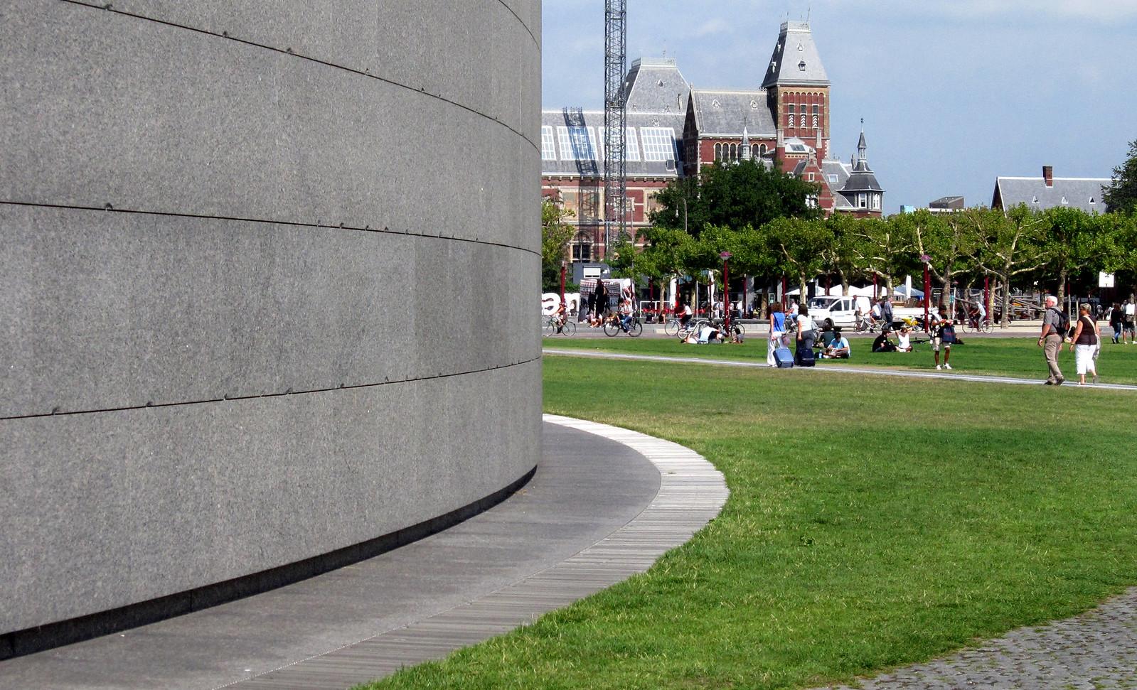 Amsterdam 407