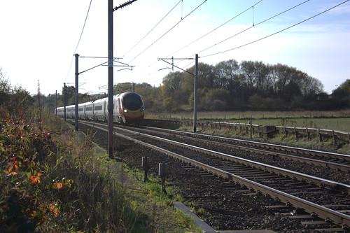Virgin Trains Pendolino   by Bonnett
