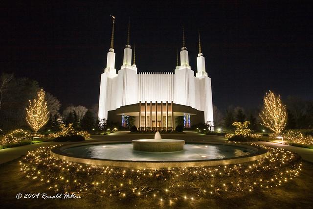 Christmas Time In Washington Dc.Washington D C Mormon Temple At Christmastime Kensington