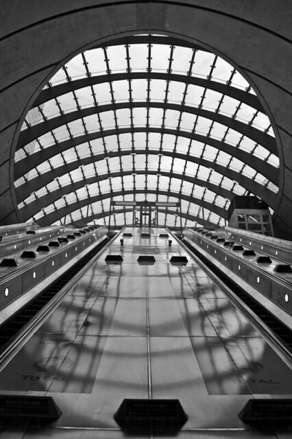London_200609_1818_B&W