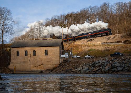 nw norfolkandwestern 611 fireup611 roaonke va virginia river dam steam train history appalachia sunrise