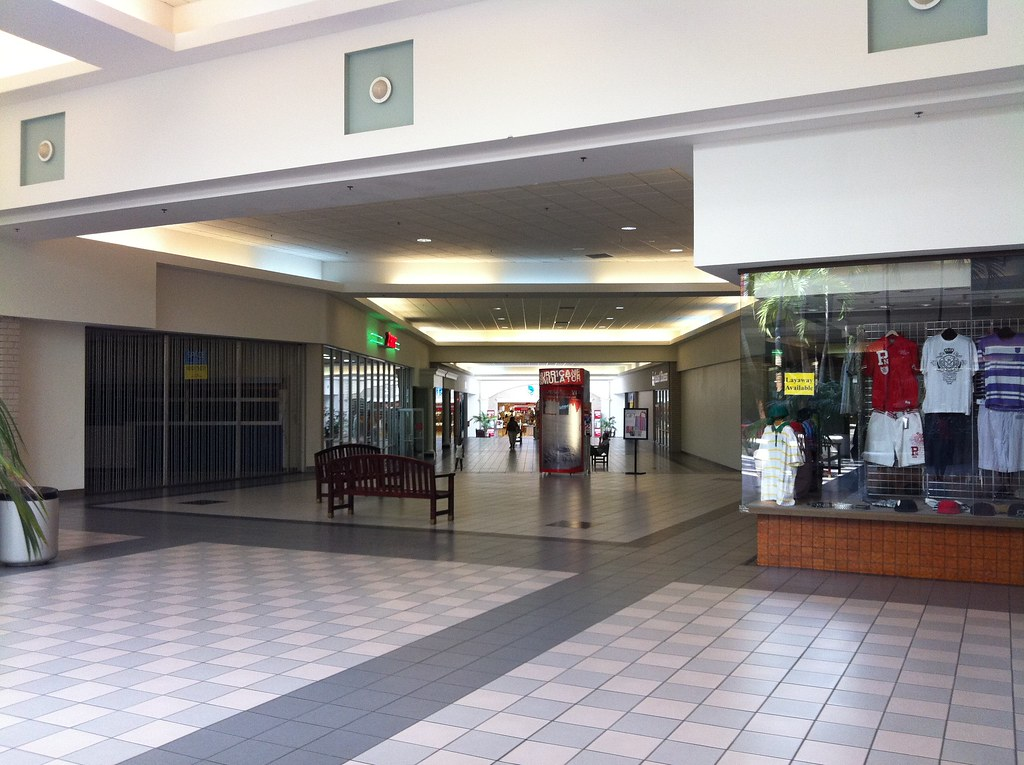 Dutch Square Mall >> Dutch Square Mall Mike Kalasnik Flickr