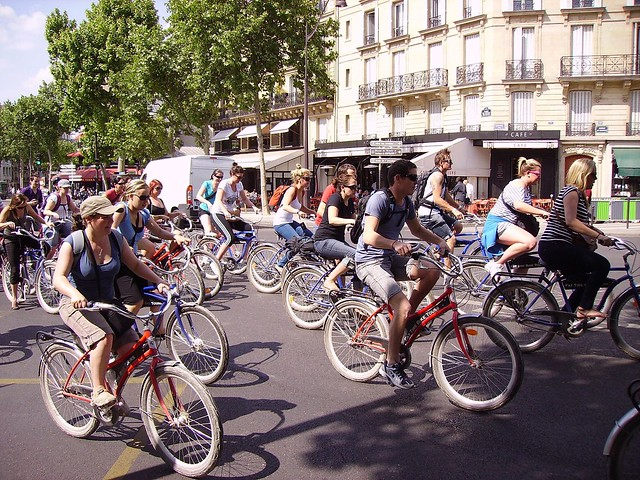 Paris bicycle tour