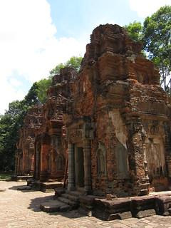 Wat Preah Ko - Roluos groupe | by rockaroundtheglobe