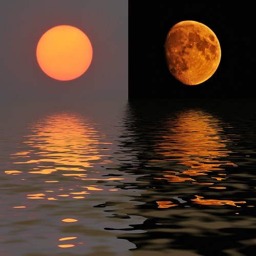 california sunset sun moon sol night fire haze nikon diptych colorado flood fort smoke fortcollins luna co fires collins lunar 2009 d300 300f4 clff