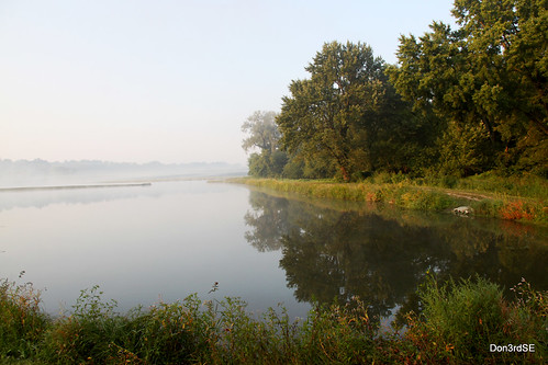 trees sky mist reflection nature water beautiful canon landscape eos natural iowa september ia desmoines waterworkspark 50d beautifullandscape canon50d absolutelystunningscapes don3rdse