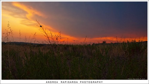 sunset red naturaleza nature clouds geotagged countryside tramonto nuvole natura olympus campagna sicily sicilia paesaggio fourthird quattroterzi rapis60 andrearapisarda olympuse620 geo:lat=37550702 geo:lon=14949903