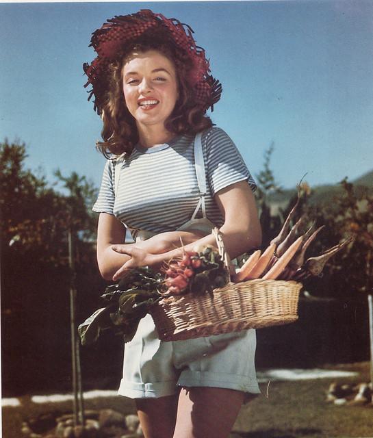 Marilyn as a farm girl, 1945