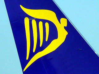 Ryanair B737 Tail Harp | by Little Boffin (PeterEdin)