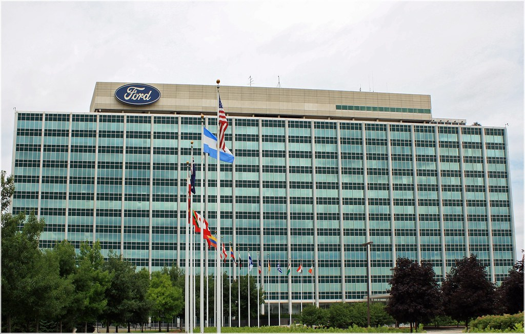 Ford Dearborn Mi >> Ford Headquarters The Glass House In Dearborn Mi Flickr