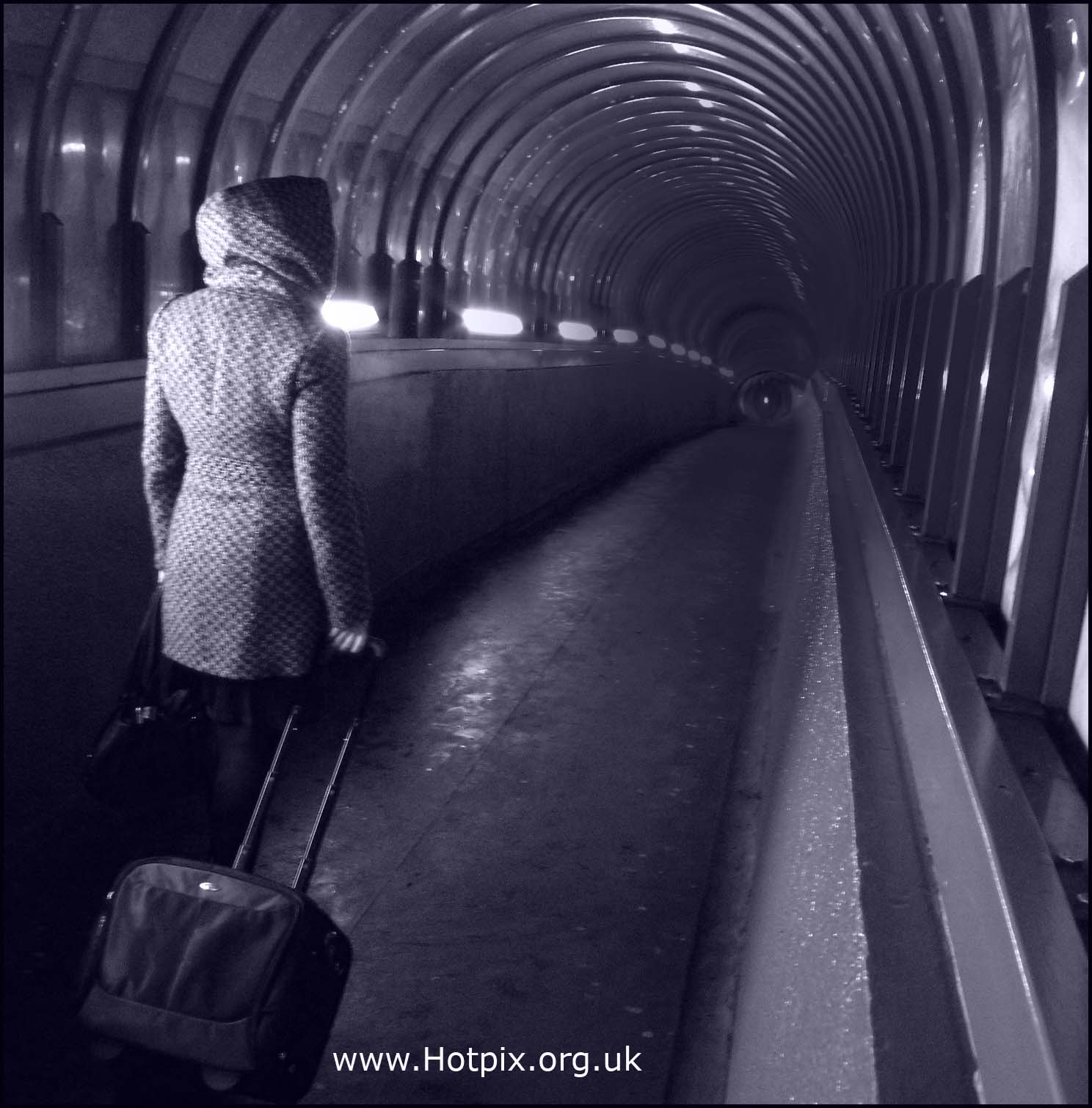 Darlington,railway,bridge,tunnel,path,woman,journey,train,tony,smith,tonysmith,hotpix,hotpixuk,tdk,tdktony,B/W,black,white,mono,monochrome,muchacha,femenina,de,la,mujer,se\u00f1ora,lady,female,girl,\u5973\u6027\u30e1\u30b9\u306e\u5973\u6027\u306e\u5973\u306e\u5b50,\u592b\u4eba\u5973\u6027\u5987\u5973\u5973\u5b69,fille,f\u00e9minine,femme,dame