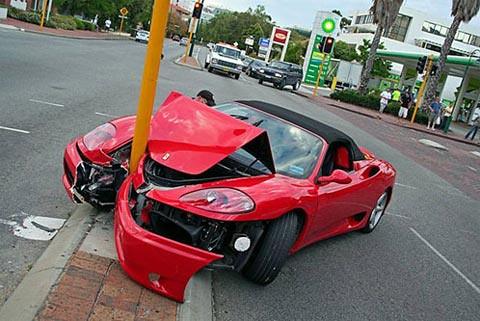 Ferrari Crash Johnno2000 Flickr