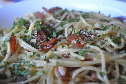 Quick and Easy Pasta Carbonara | by twoyoungladies