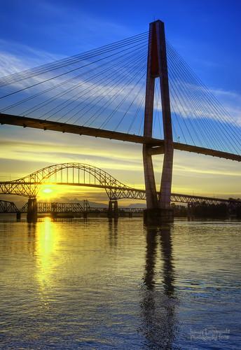 sunrise river geotagged bridges railway surrey fraser skytrain hdr newwestminster pattullo janusz leszczynski anawesomeshot geo:lat=49205721 geo:lon=12290101 015249