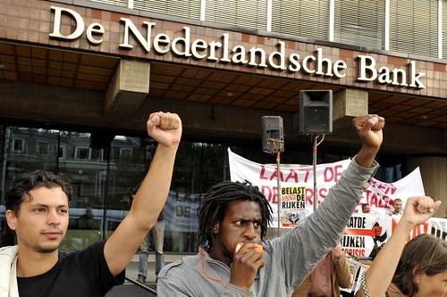 Omsingel De Nederlandsche Bank   by Jos van Zetten