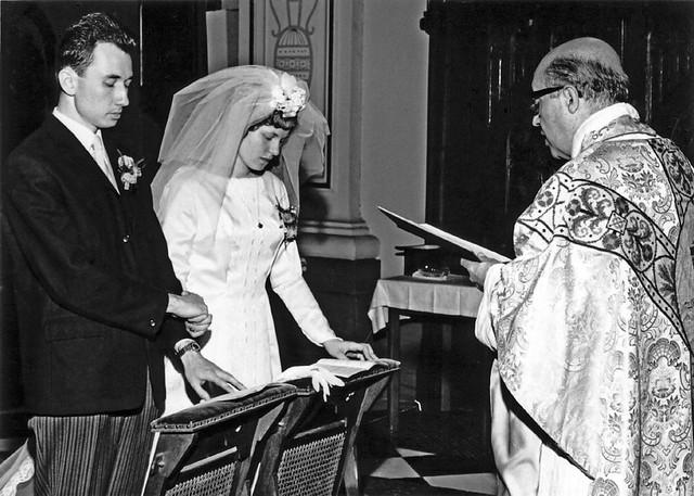 Religious marriage of Phillip Theodoor van der Groef (son of Leendert van der Groef and Theodora van den Worm) and Colette Debora Marjorie Dorothea Maria Louwerens , June 22 , 1967 , Kerkrade , the Netherlands  -  at the moment of saying yes