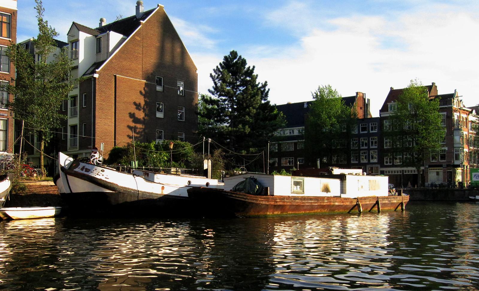 Amsterdam 145