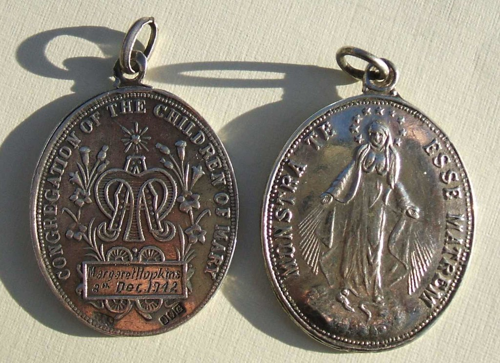 Congregation of the Children of Mary religious medals (194