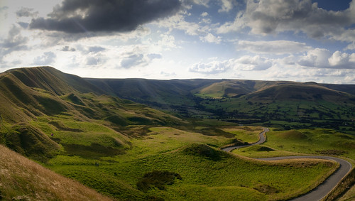 From Mam Tor, Rushup Edge looking towards Edale