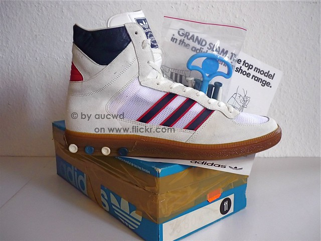 70`S 80`S VINTAGE ADIDAS HANDBALL TOP HI SHOES
