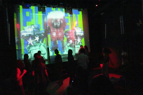 Multi_18_07> Gil Barbara & Camilo Rocha + VJ Embolex