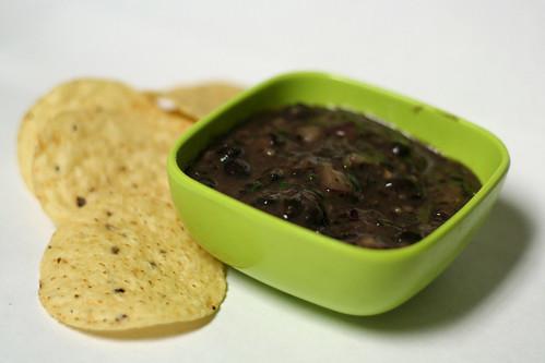 black bean dip + recipe by ginnerobot