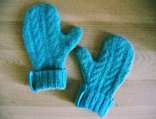 Handmade Holiday: mittens for Avery | by dorispepsi