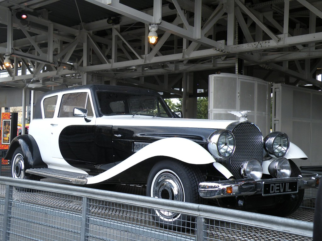 Cruella De Ville S Car Cruella S Car From 101 Dalmations Flickr