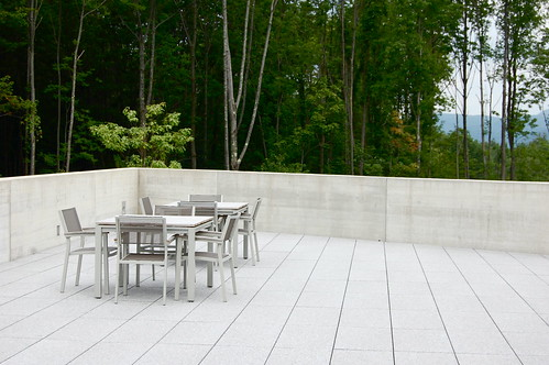 architecture concrete furniture massachusetts architect berkshires tadaoando williamstownma theclark sterlingandfrancineclarkartinstitute diningterrace stonehillcenter edbrodzinsky
