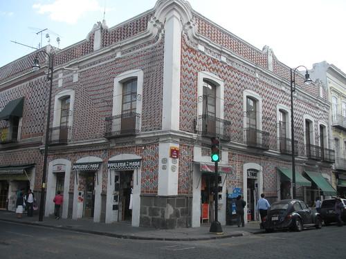 Calle 2 Norte & Avenida 8 Oriente