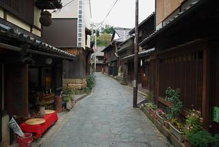 鞆の浦の町並み Town in Tomonoura | by puffyjet