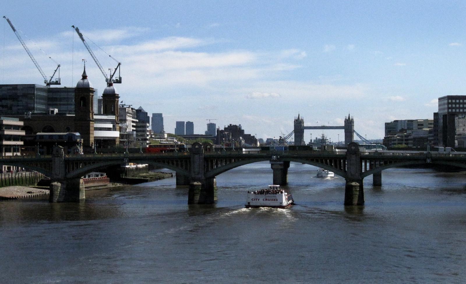 London 402