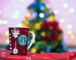 A Merry Starbucks Coffee Christmas my friends. © Glenn E Waters. Japan. Over 242,000 views to this image. | by Glenn Waters ぐれんin Japan.