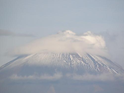 P8100008 Volcan Popocatepetl Puebla.,Puebla Mexico (Foto tomada desde Calzada Zavaleta) por LAE Manuel Vela