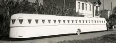 Uitschuifbare caravan / Extensible caravan   by Nationaal Archief