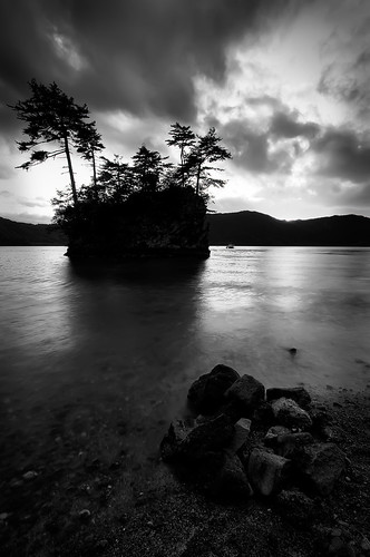 longexposure trees sunset blackandwhite bw lake mountains nature monochrome silhouette japan canon island rocks asia dusk lakes caldera aomori tohoku hdr towada oirase ndfilter aomoriken aomoriprefecture tohokuregion canon40d calderalakes