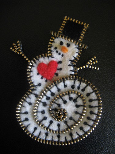 A happy snowman!! | by woolly  fabulous