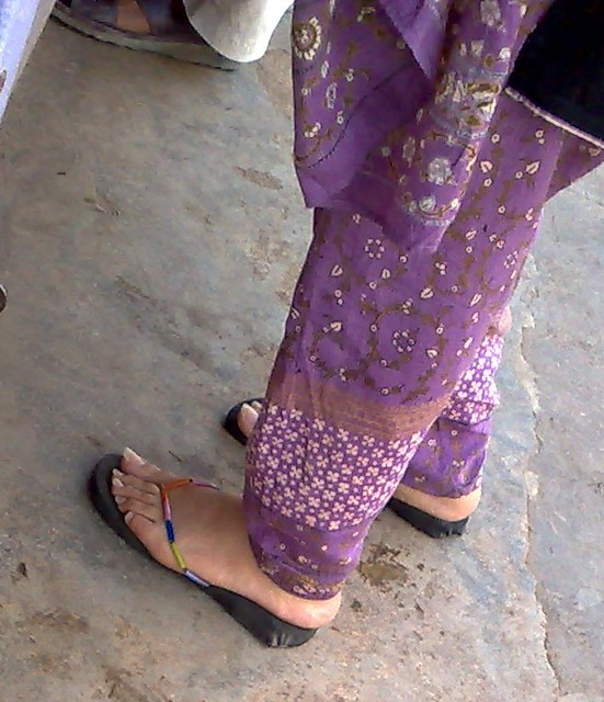 pakistani-women-feet-pics-pages
