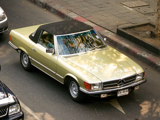 Mercedes-Benz SL in Bangkok | by Ian Fuller