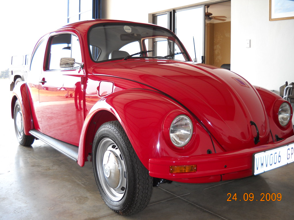 Volkswagen 1998 Beetle   Bumpers colour coded  Torsion bar f