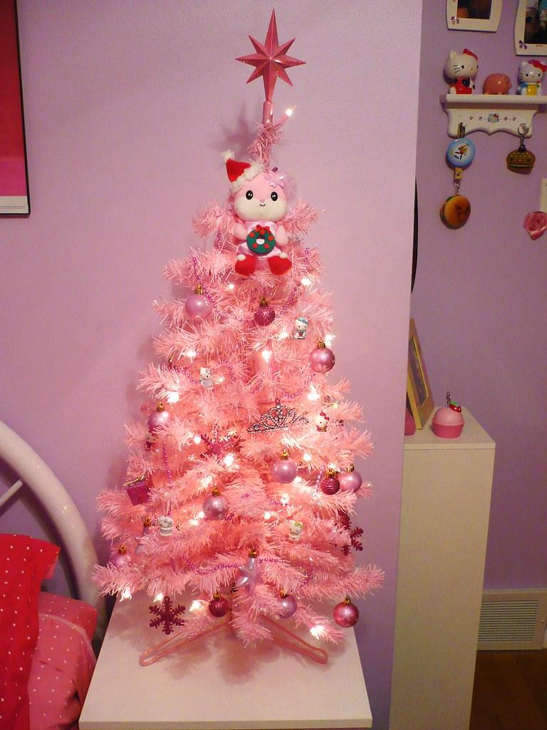 Hello Kitty Christmas Tree.Pink Hello Kitty Christmas Tree This Tree Is Love