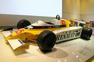 Paris - Renault F1 RS10 | by bibendum84